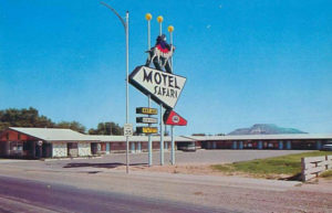 tucumcari-motel-safari