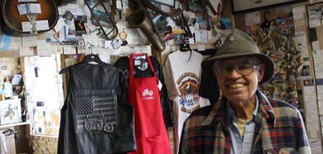 Flagstaff AZ: Delgadillo von den Bierbrauern geehrt