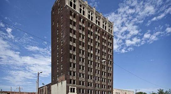 "East St. Louis: ""Spivey Building"" wird abgebrochen"